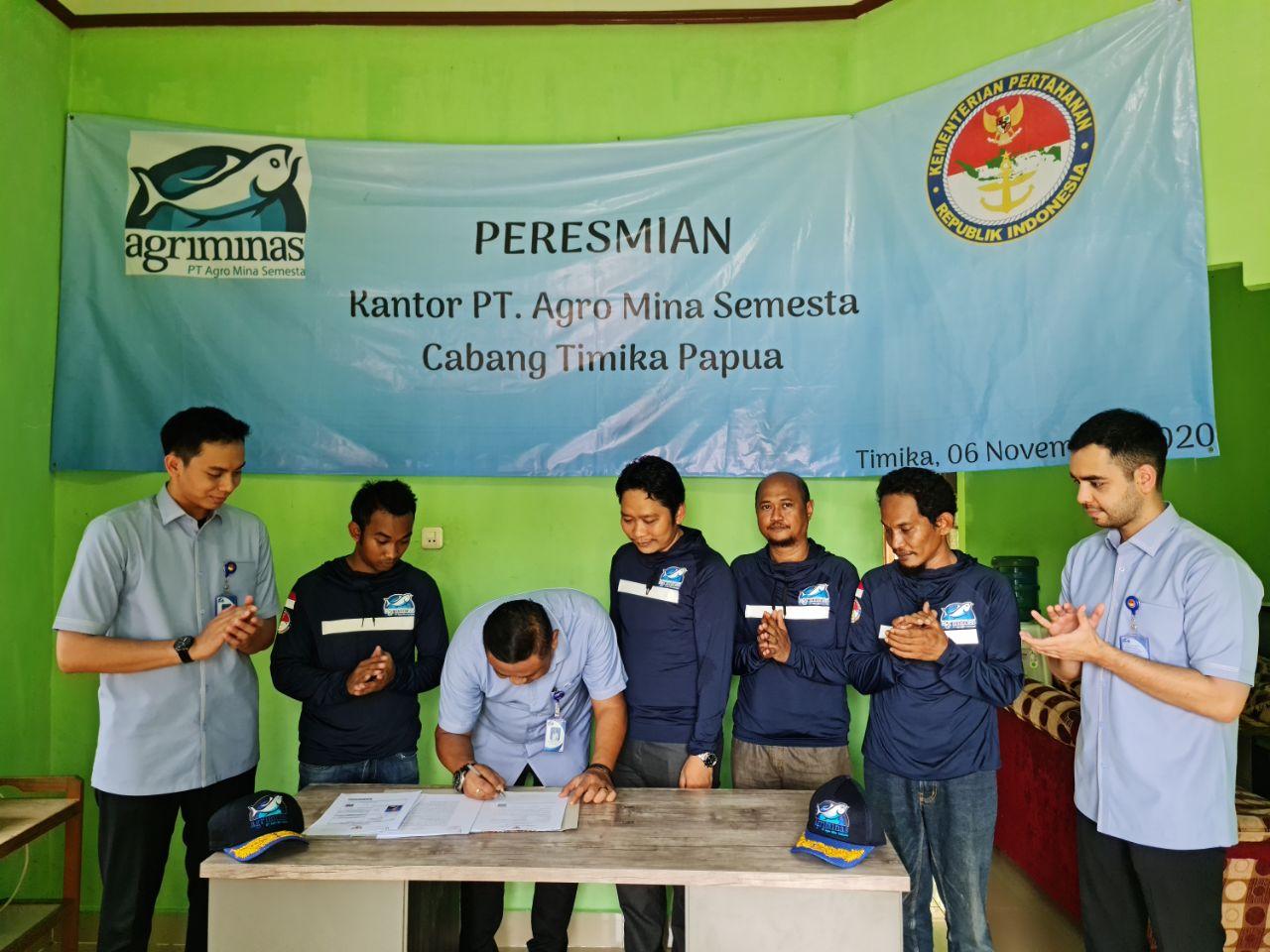 Bambang ceremoni pembukaan kantor Timika